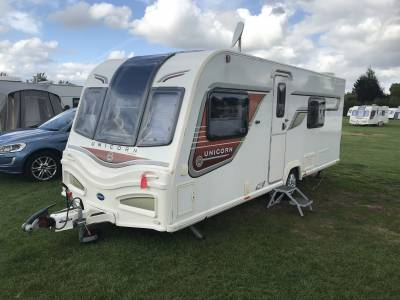2014 Bailey Unicorn Valencia 4 Berth End Washroom Fixed Bed Caravan For Sale