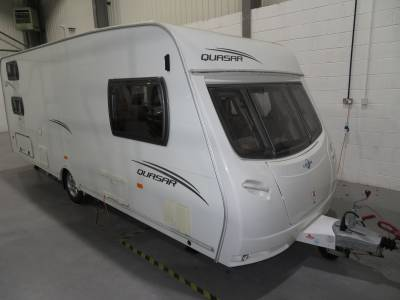 Lunar Quasar 546 2012 6 Berth Caravan For Sale Motormover Included