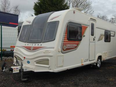 2013 Bailey Unicorn Cadiz 4 berth twin single bed single axle caravan