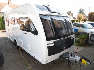 Lunar Ultima 462 2019 2 Berth Caravan With Motormover