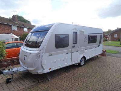 Knaus Starclass 560 4 Berth Rear Fixed Bed Rear Washroom Caravan For Sale