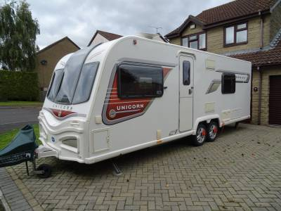 Bailey Unicorn 2 Barcelona - 2014 - 4 Berth - French Bed - Luxury Caravan For Sale