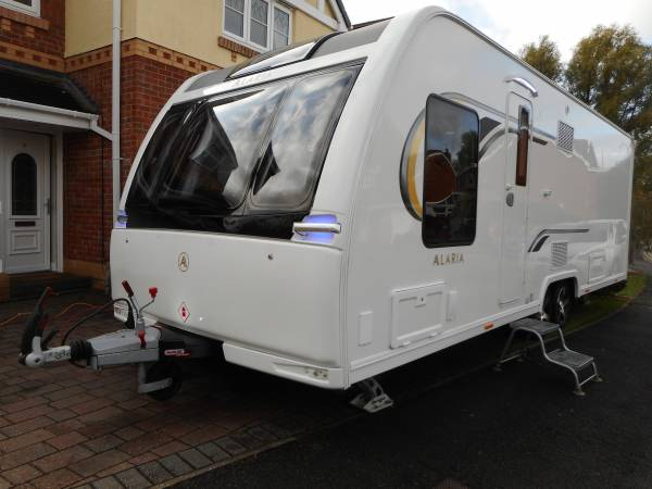 Alaria TI 2018, 4 Berth Fixed Island Bed Caravan, with Alde Heating and Auto Leveling System