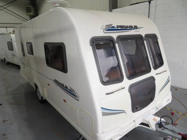 Bailey Pegasus 462 2010 2 Berth Caravan For Sale, Blow Air Heating, Extra Large Front Seating