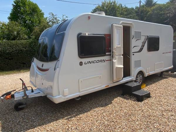 2017 4 Berth Bailey Unicorn III Cadiz caravan for sale with fixed beds