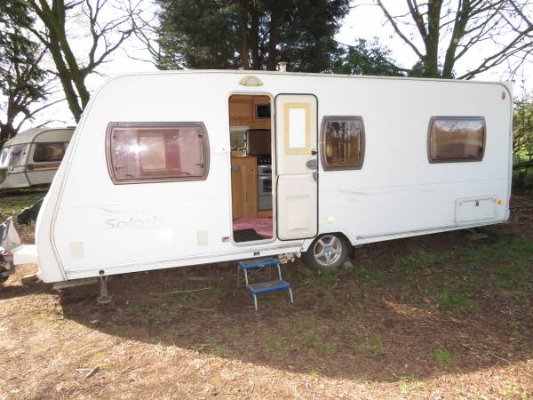 Lunar Solaris Series 1 2006 4 Berth Caravan For Sale