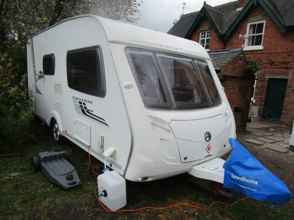 SWIFT CHALLENGER 480 2 BERTH END WASHROOM CARAVAN FOR SALE