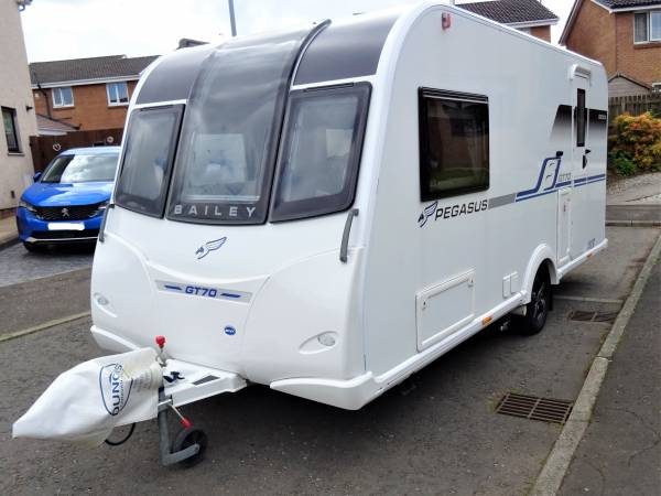 Bailey Pegasus Genoa GT70  - 2018- 2 Berth - End Washroom - Caravan  For Sale