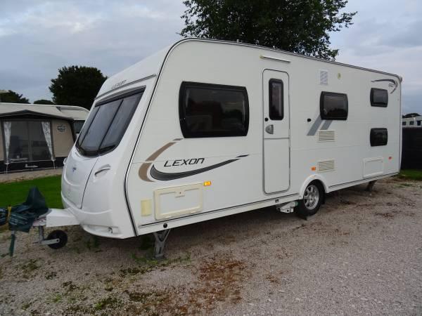 2012 Lunar Lexon 550 5-6 berth bunk beds end washroom motor mover caravan for sale