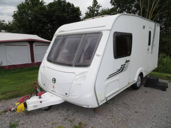 Swift Charisma 230 (Island Jors dealer special) 2 Berth For Sale