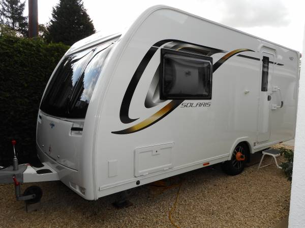 Lunar Solaris 462 2017, 2 Berth Caravan with lots of extras